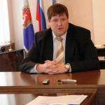 Мэр Карпинска объяснил мамам и папам учеников, кто должен победить на выборах в декабре