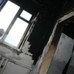 Пожар оставил карпинскую семью без крыши над головой