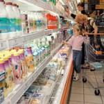 В магазинах Волчанска и Карпинска забраковали продукты