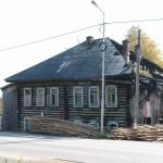 Жилой дом в Карпинске оказался бесхозным