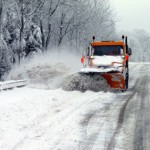 На расчистку дорог от снега в поселках Карпинска потратят 134 тысячи рублей