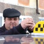 44-летний таксист из Карпинска уверен — профессия перестала быть интересной