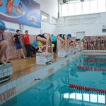 Карпинские школьники поедут на соревнования по плаванию