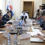 Губернатор Евгений Куйвашев уточнил сумму выплат родным пассажиров Ан-2: «Каждой семье — по 500 тысяч рублей»