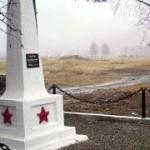 В Карпинске проходит бесплатная установка памятников