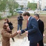 В Карпинске сдали еще один жилой дом. В присутствии Первого канала (ВИДЕО)