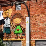 В Карпинске трансформаторные подстанции разрисовали граффити