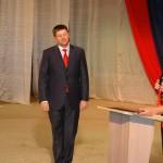 На церемонии инаугурации Сергея Бидонько завалили цветами, хвалебными словами и даже вручили награду МЧС