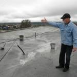 На улице Колхозной затопило пятиэтажку