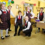 В школах Карпинска единый стиль одежды для учеников. Некоторые учреждения планируют изготовить для формы индивидуальные эмблемы