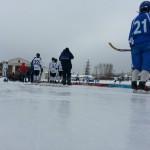 В Карпинске прошла игра по хоккею с мячом