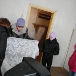 В Карпинске у многодетной семьи случилось горе – сгорел дом. Люди потеряли все, что у них было