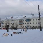 уо.Свердлова, 7. Снег по периметру всей крыши