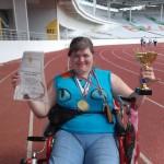 Жительница Карпинска Татьяна Агаева, инвалид-колясочник, отправилась в горы
