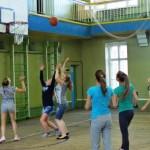 В Карпинске прошли соревнования по стритболу среди летних лагерей