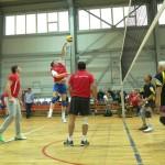 Команда Краснотурьинской администрации разгромила Карпинскую в матче по волейболу (СЛАЙД-ШОУ)
