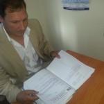 Сотрудник карпинского ООО «Гранит Плюс» решил восстановиться на работе через суд