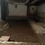 В Карпинске в подвале жилого дома идет скандальный ремонт