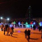 В Карпинске торжественно открыли ледовый городок (ВИДЕО)
