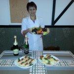 Наряжаем стол к новогоднему празднику. Фото и ВИДЕО мастер-класса повара-профи