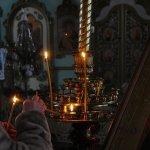 В Карпинске за святой водой в храмы пришли три тысячи человек