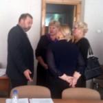 Главврач Карпинской городской больницы ответил на вопросы общественников и депутатов