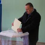 На выборах в Карпинске с большим отрывом лидирует Андрей Клопов