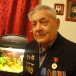 В 19 лет танкист Новокрещенов был награжден орденом Славы и медалью