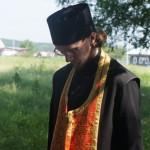 Отец Антоний произнес речь и провел обряд поминания