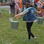 Принести воду на коромысле - целое искусство