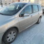 Жительница Карпинска «утопила» свой Peugeot  в карьере, чтобы не отдавать приставам