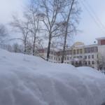 Снегопад в Карпинске ставит рекорды