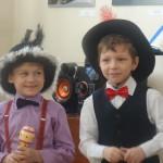 Ребятишки выступали в нарядных костюмах