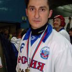 Карпинец Михаил Свешников необычным образом стал призером чемпионата России. Потому что хоккей с мячом в упадке