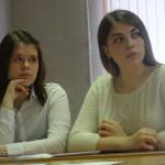 Ученики внимательно слушали молодых думцев