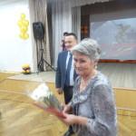 Ветеранов наградили грамотами и цветами