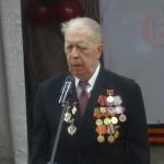 Ветеран войны Борис Алексеевич Матвеев говорит поздравительное слово