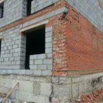 В Карпинске готовят к сдаче дом на Почтамтской, который проверяла московская комиссия