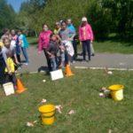 Конкурс на меткое прицеливание очень понравился детям