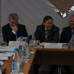В Карпинск министры едут чередой. Министра образования поведут в старые школы, спорта - на стадион