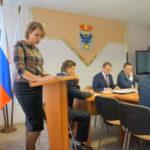 Половина депутатов Думы Карпинска решили работать в двух комиссиях сразу