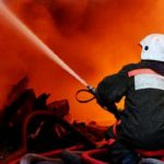 В Волчанск для работы на пожаре выехали эксперты, а для помощи родным погибших детей - психологи