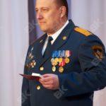 Главу Карпинска Андрея Клопова наградили знаком МЧС «За отличие»