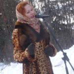 Марина Солодянкина спела одну, но очень трогательную песню про невесту и солдата