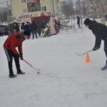 На площади были организованы различные спортивные игры и эстафеты