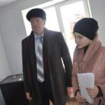 Сергей Бидонько прошелся по квартирам вместе с новыми жильцами