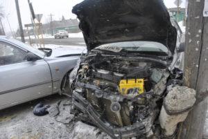 Несмотря на сильный удар, двигатель в черном Хенде мог уцелеть
