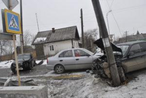В ДТП пострадали все три автомобиля