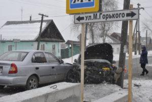 Причина ДТП - водитель не уступил дорогу
