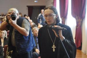 Отец Антоний задал вопрос главе о борьбе с точками по продаже спирта